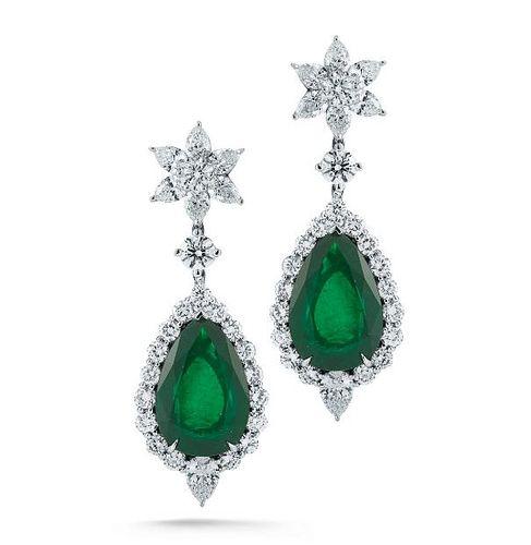 19.34ct Emerald And 8.70ct Diamond Earrings