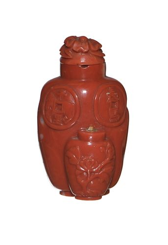 Chinese Coral Carved Snuff Bottle, 19th Century