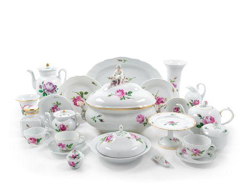 An Assembled Meissen Porcelain Dinner Service