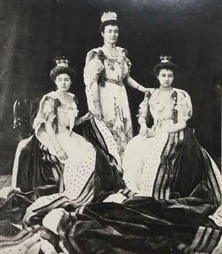 Litho The Duchess of Connaught  Royal Group photograph
