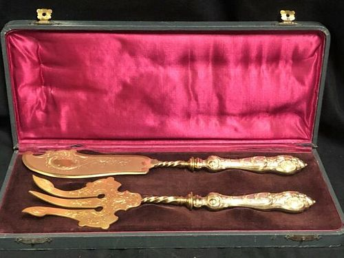 PAIR OF ANTIQUE GERMAN SILVER 800 GILT DESSERT SERVERs IN PRESENTATION BOX