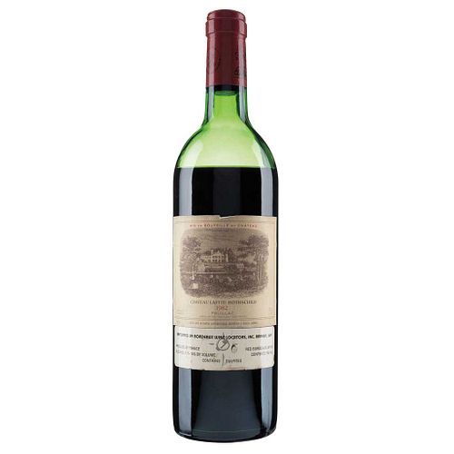 Château Lafite Rothschild. Cosecha 1982.  Pauillac. Nivel: en la mitad - bajo. Calificación: 95 / 100.