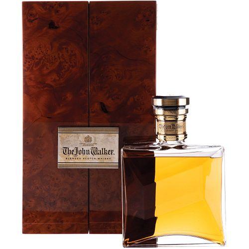 The John Walker. Special Reserve. Blended. Scotch Whisky, Scotland. En decantador de cristal con tapón y estuche.
