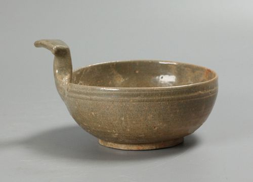 Chinese pottery bowl, possibly Jin dynasty