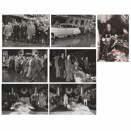 """UNIDENTIFIED PHOTOGRAPHER, Funeral de Frida Kahlo,1954, Unsigned, Vintage prints, 5 x 7.3"""" (12.8x18.6cm), Pieces: 7"""