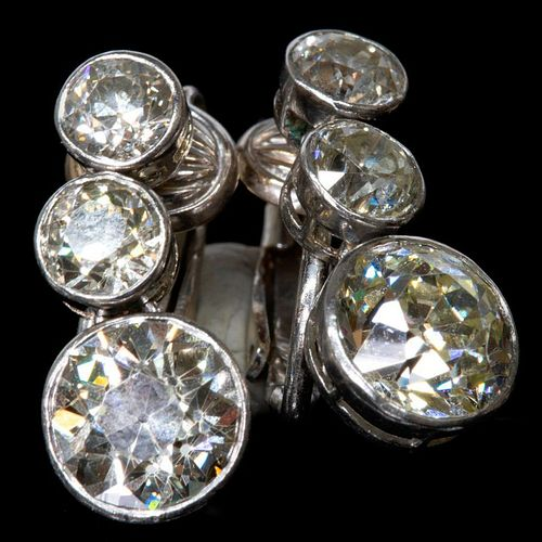 Vintage diamond and platinum clip earrings