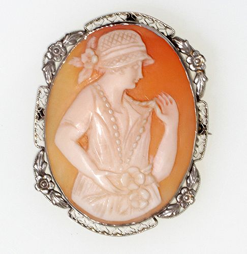 14 kt White Gold Cameo