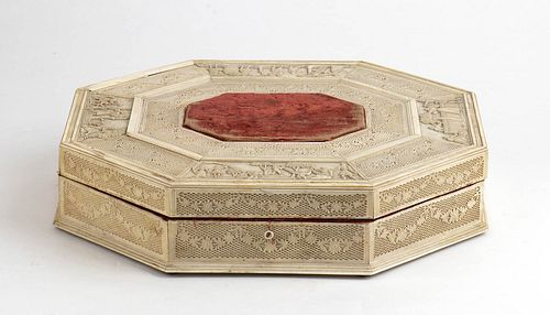 A Russian ivory box for card games - probably St. Petersburg, first half of the 19th Century