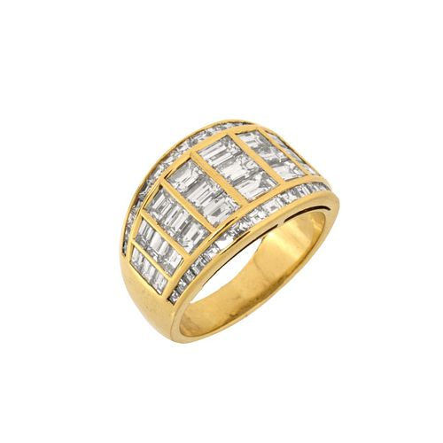 Graff Diamond and 18K Ring