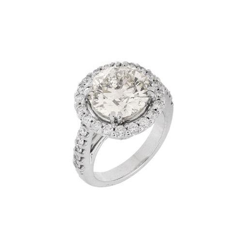 4.05 ct Diamond and 14K Ring