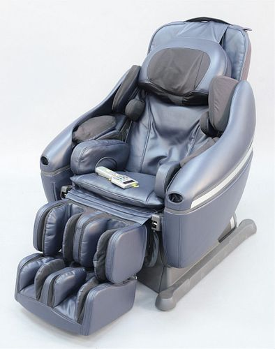 Inada Dreamweave massage chair, model HCP-11001A.