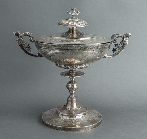 Judaica Robert Hendery Silver Covered Elijah Cup