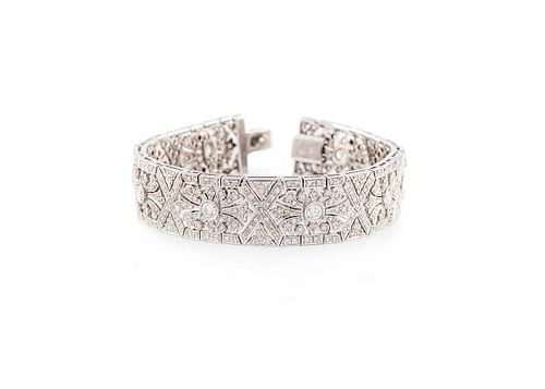 DECO 'STYLE BRACELET IN WHITE GOLD