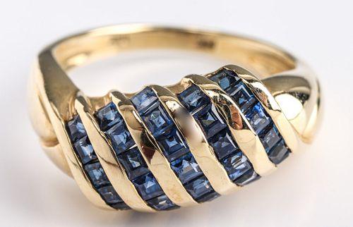 Vintage 14K Yellow Gold & Blue Topaz Ring
