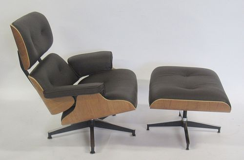 Vintage And Fine Quality Eames Style Lounge