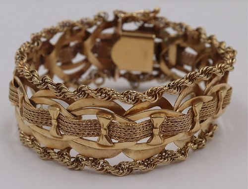 JEWELRY. Vintage 14kt Gold Bracelet with Bows.