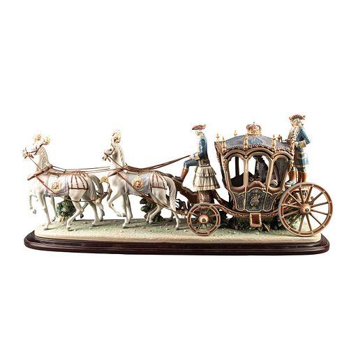 Lladro High Porcelain Xviiith Century Coach Sculpture 1485