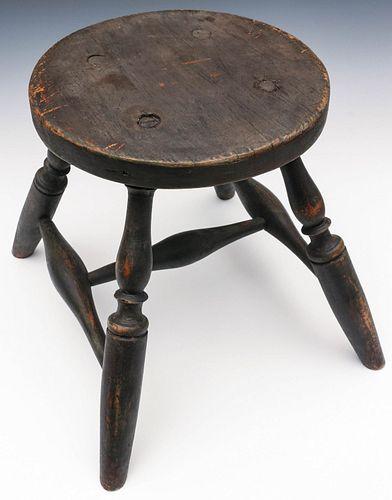 A RARE WINDSOR STOOL C. 1801, EXCELLENT ORIGINAL PAINT