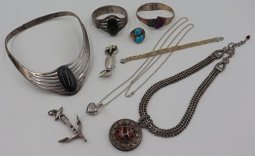 JEWELRY. Silver Jewelry Grouping Inc. Lagos.