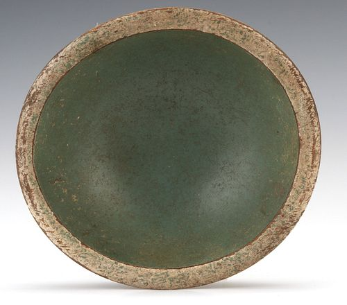 A GOOD TREEN MIXING BOWL IN OLD CREAM AND GREEN PAINT