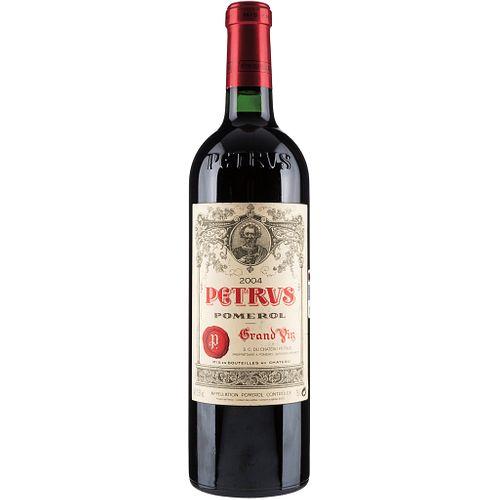 Petrus. Cosecha 2004. Grand Vin. Pomerol. Nivel: llenado alto. Calificación: 94 / 100.