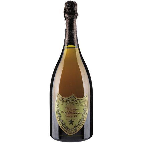 Cuvée Dom Pérignon. Vintage 1982. Brut. Moët et Chandon á Èpernay. France.