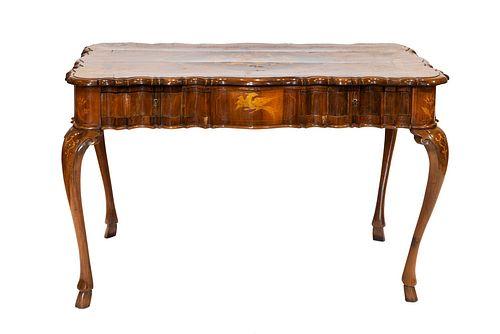 Center desk, finely carved, Ferrara XVIII century