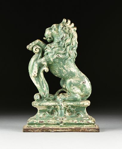 A VICTORIAN GREEN PAINTED CAST IRON ARMORIAL LION ANDIRON, LATE 19TH/EARLY 20TH CENTURY,