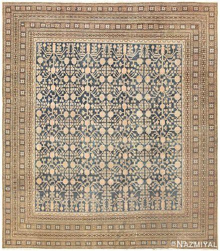 Antique Khotan carpet , East Turkestan ,  9 ft 7 in x 11 ft (2.92 m x 3.35 m)