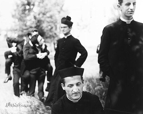 Mario Giacomelli (1925-2000)  - Io non ho mani che mi accarezzino il volto, 1961-1963