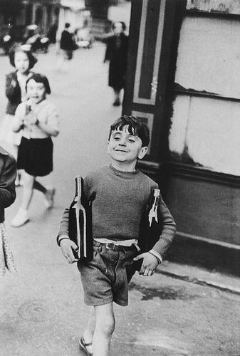 Henri Cartier-Bresson (1908-2004)  - Rue Mouffettard, 1952