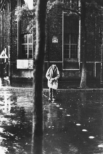 Henri Cartier-Bresson (1908-2004)  - Alberto Giacometti, rue D'Alésia, Paris, 1961