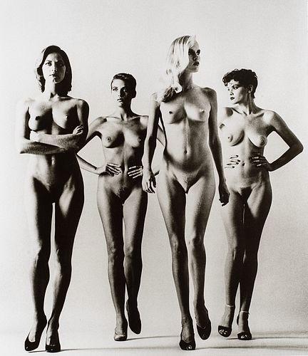 Helmut Newton (1920-2004)  - Sie Kommen, Paris, 1981