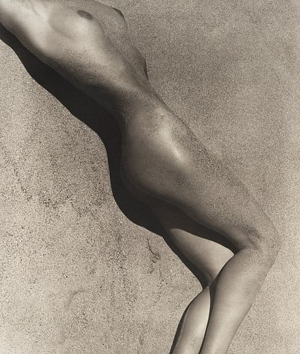 Herb Ritts (1952-2002)  - Carrie in sand (Detail), Paradise Cove, 1988