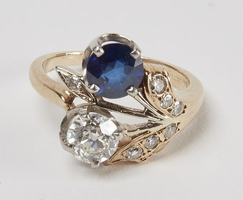 Fine Ladies Diamond Ring set in 14k Gold
