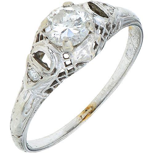 DIAMONDS RING. 18K WHITE GOLD