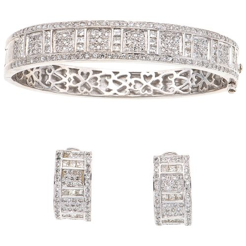 BRACELET AND EARRINGS SET WITH DIAMONDS. 18K WHITE GOLD