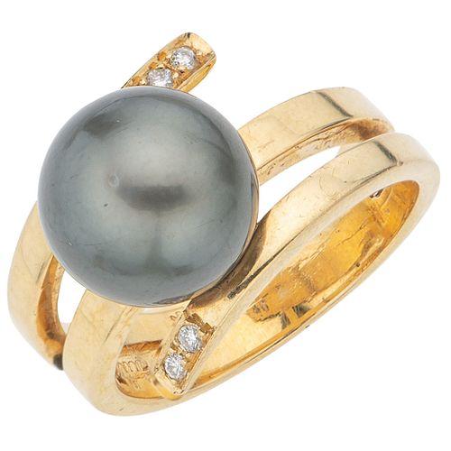 TAHITIAN PEARL AND DIAMONDS RING. 14K YELLOW GOLD
