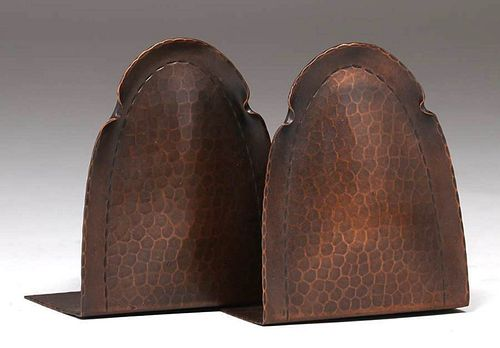 Roycroft Hammered Copper Rounded-Top Bookends c1920s