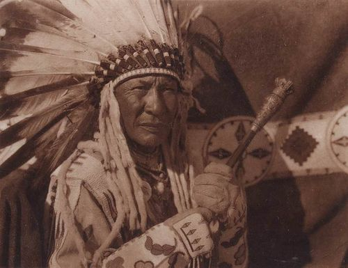 "Edward Curtis Photogravure ""Blackfoot Finery"" 1926"