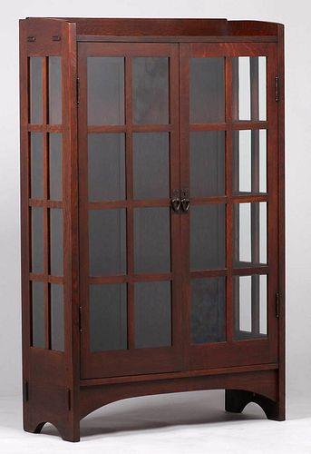 Gustav Stickley #815 Two-Door China Cabinet c1907