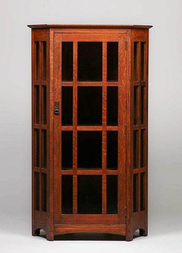L&JG Stickley #719 Corner Cabinet c1910