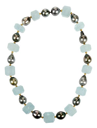 18kt. Pearl and Aquamarine Necklace