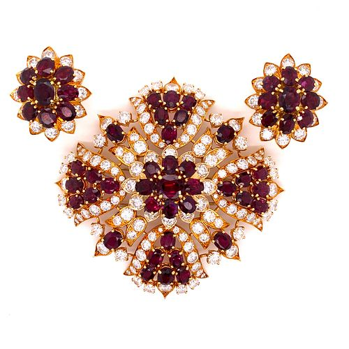 ÊRubies Diamond 18k Set Brooch & EarringsÊ