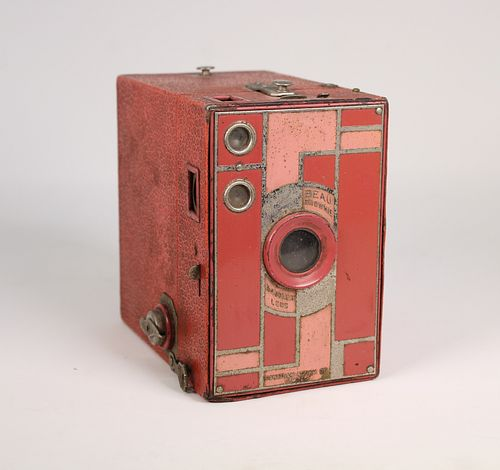 Kodak 1930 Art Deco Pink Beau Brownie Camera