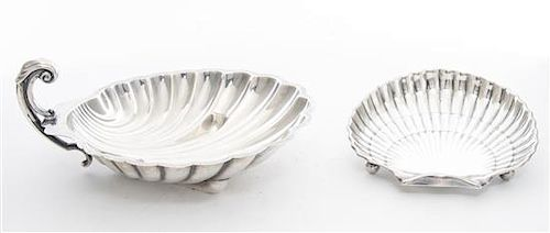 Two American Silver Dishes, , each of shell form, the first by International, model D282A, the second by Gorham, model 42677