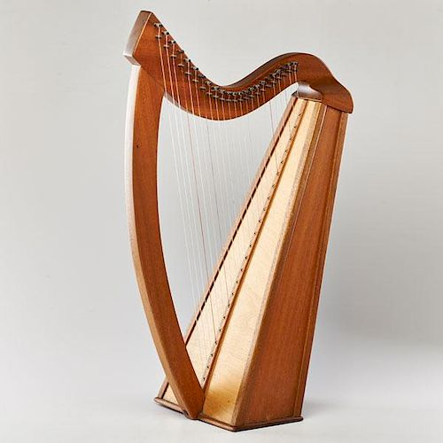 CLASSICAL STYLE HARP
