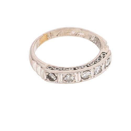 Media churumbela vintage con diamantes en plata paladio. 5 diamantes corte 8 x 8. Talla: 5. Peso: 2.8 g.