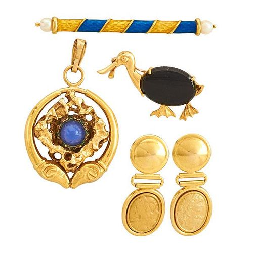 FIVE PIECES ASSORTED GOLD JEWELRY