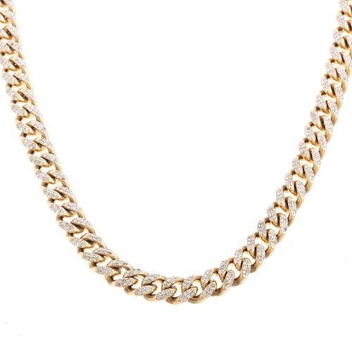 A Heavy 15.00 ctw Pave Diamond Curb Link Chain
